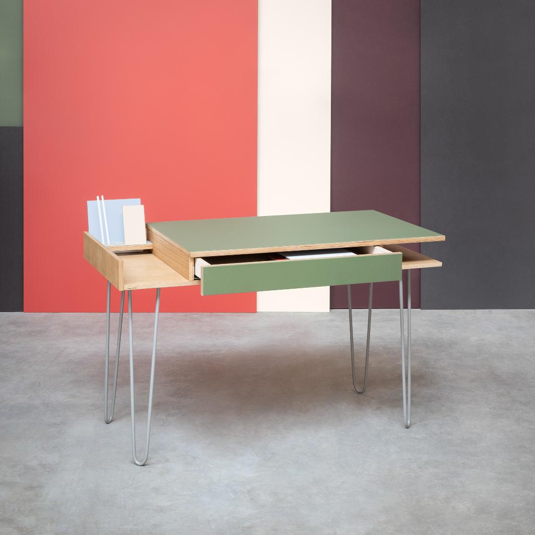 Linoleum on eriti sobilik kirjutuslaudade pinnakatteks, kuna tekitab sooja ja mugava tunde.