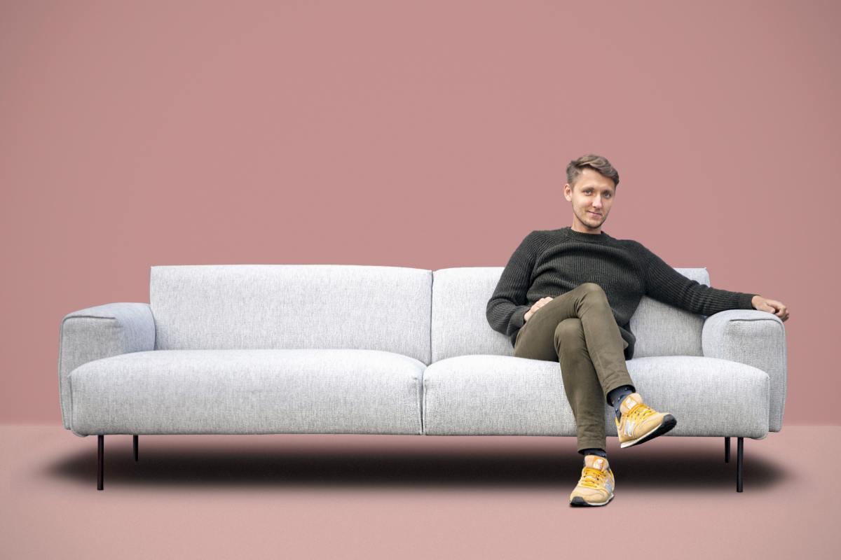 Diivan Moss ja disainer Mihkel Mölder