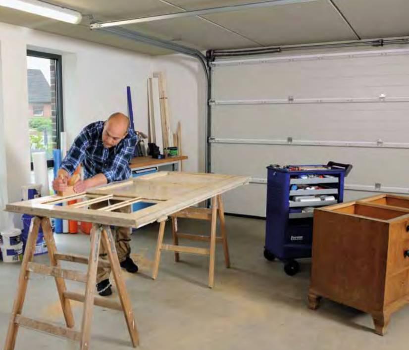 Kui kasutate garaaži ka hobiruumina, soovitame suure soojusisolatsiooniga kahekordse seinaga sektsioonuksi.