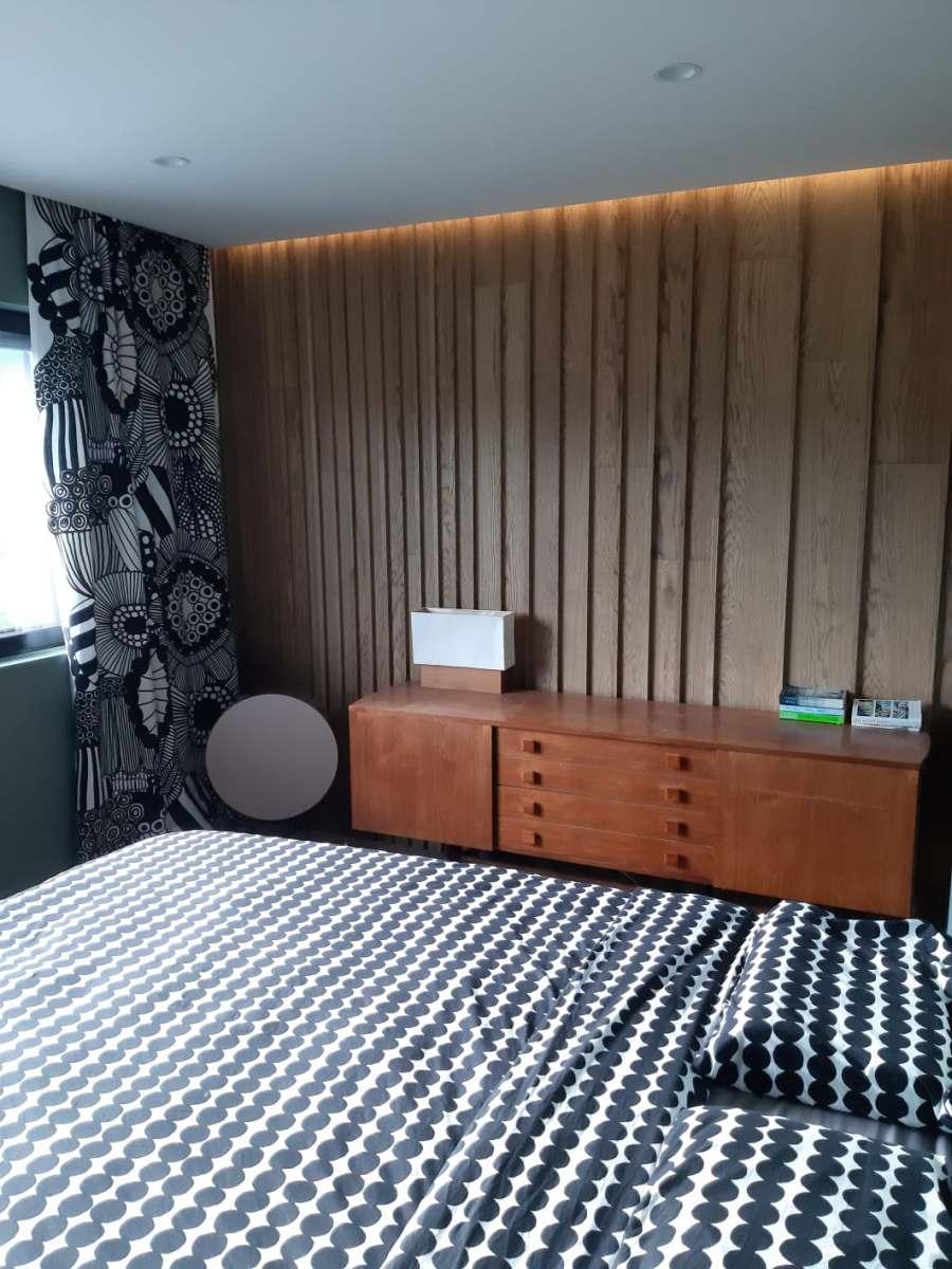 Huvitavad dekoratiivsed seinalauad magamistoas