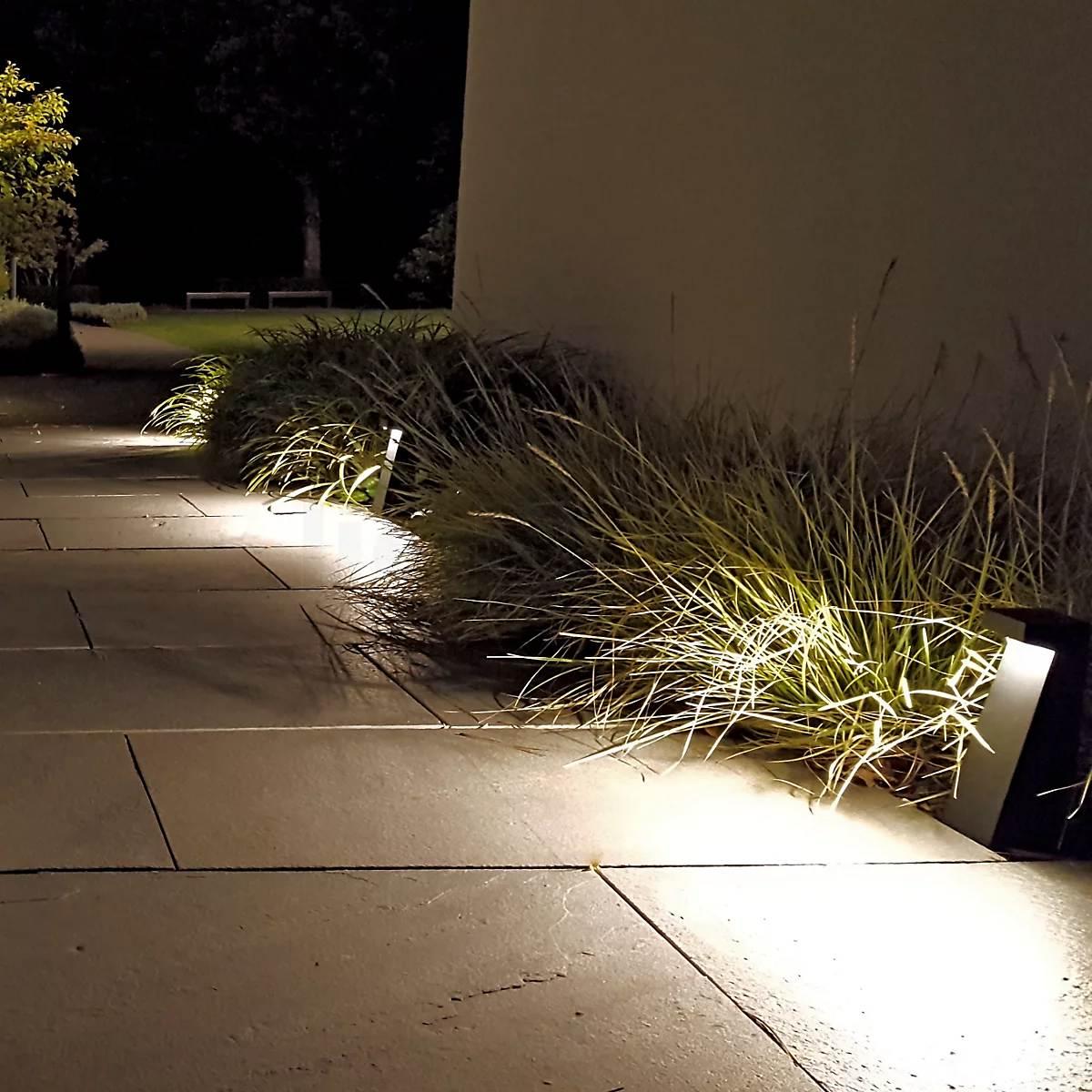 Valgustite ja kõrreliste valgusmäng -  Bega 77276 Bollard Light LED